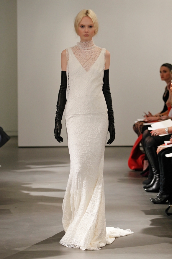 VW-Bride_SS14_runway_Look-3