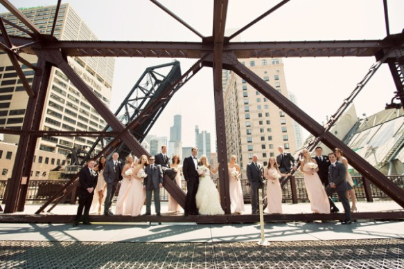 kinzie street bridge wedding photo