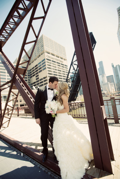 kinzie street bridge wedding