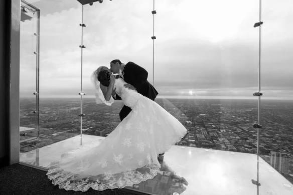 chicago wedding sky deck