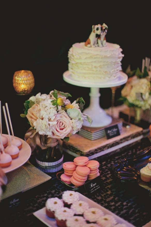 chicago wedding cake sweets table