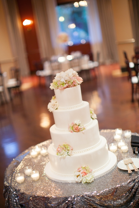 Chicago wedding Newberry Library wedding