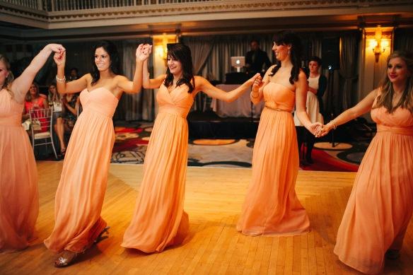 Greek wedding, greek dancing