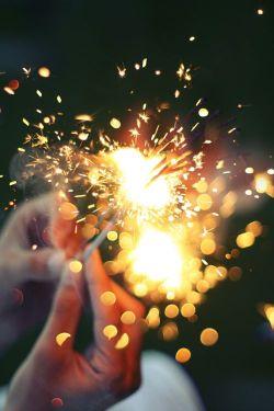 Sparkler.Hands