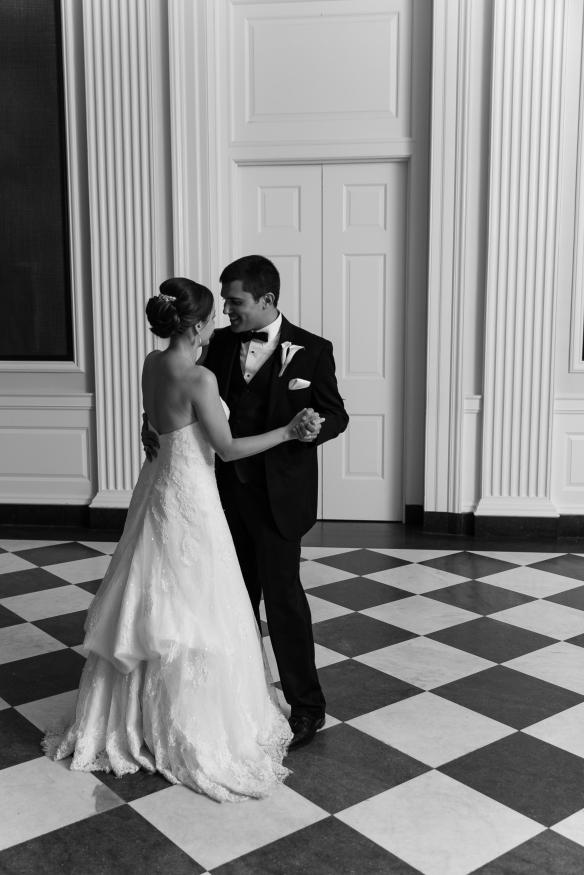 View More: http://emiliajane.pass.us/beth-kyle-wedding